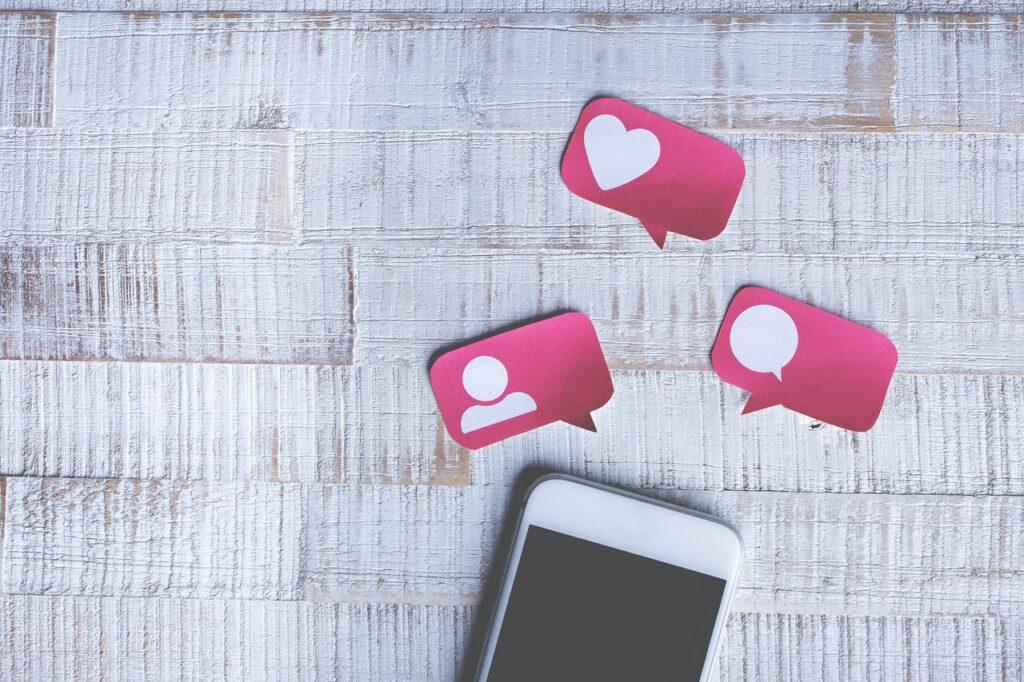 social media addiction London